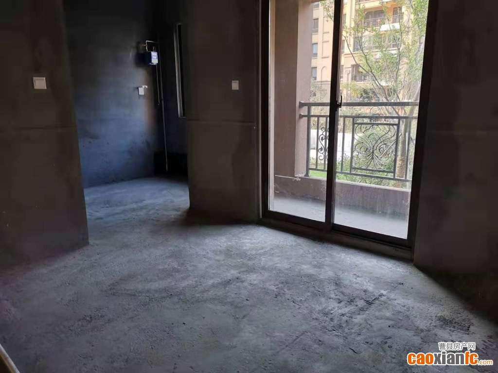 天润城一楼带院  可分期可全款  准现房
